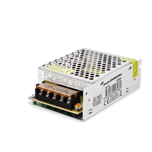 HADRON HD8209 ADAPTÖR METAL 12V 5A 11.1*7.8*3.6CM SMALL